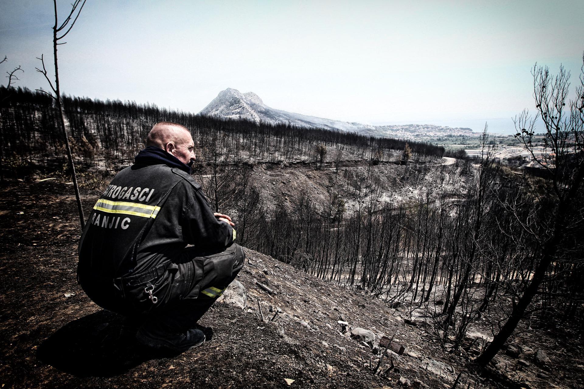 Gašenje požara u vatrogastvu – svi vatrogasci pod isti krov, a Sanader novi zapovjednik?!