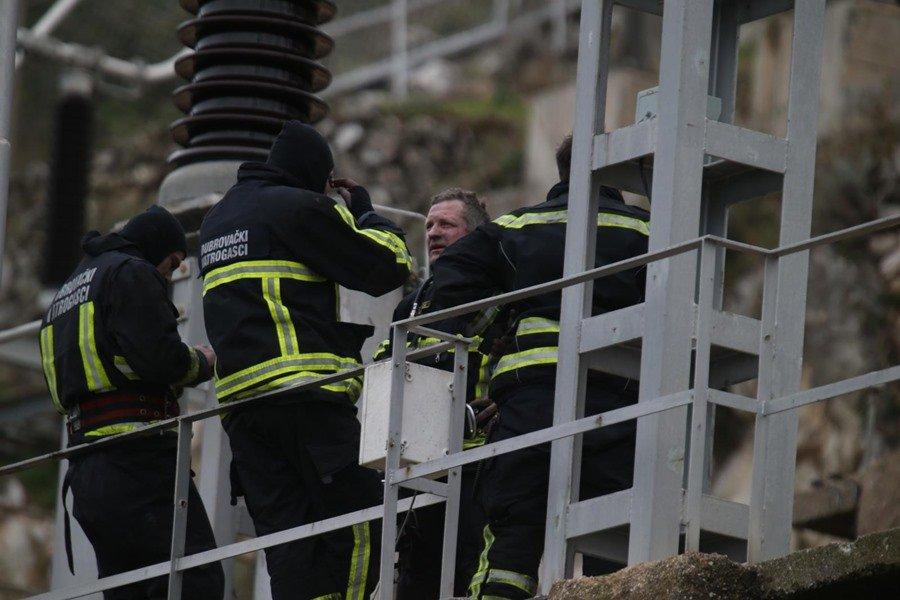 KAKO BITI HEROJ IZ FOTELJE? Vatrogasci, policija, ronioci ulažu nadljudske napore u potragu, stoga ostanite ljudi